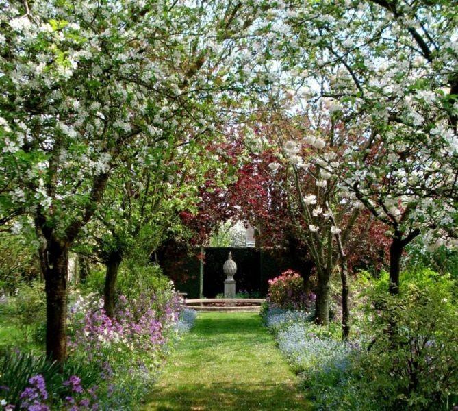 le beau jardin de la petite rochelle beaux jardins et. Black Bedroom Furniture Sets. Home Design Ideas