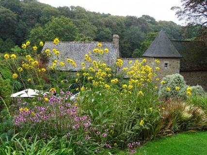 Les terrasses du jardin de kerdalo beaux jardins et potagers for Jardin feerique ploeuc