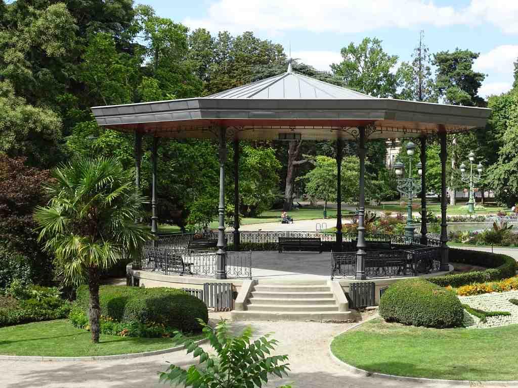 Jardin du grand rond beaux jardins et potagers for Boulingrin jardin