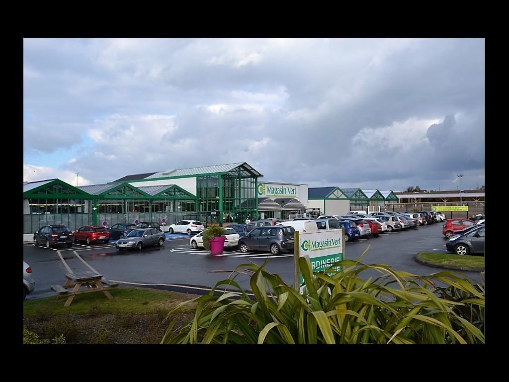 Magasin Vert Paimpol s\'offre 4000 M2 de surface de vente pour ses 40 ...