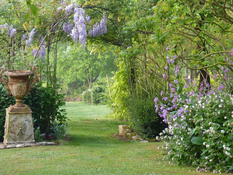 jardin 39 les couleurs de l 39 instant 39 beaux jardins et potagers. Black Bedroom Furniture Sets. Home Design Ideas