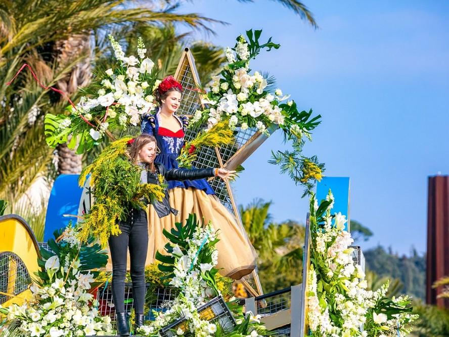 136e édition du carnaval de Nice et ses batailles de fleurs